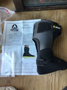 ARYSE ankle brace Small Right AY 71 101R NEW $10.00
