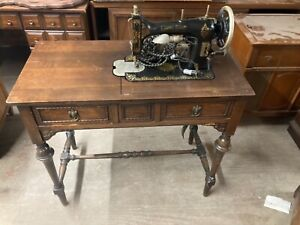 WHITE ROTARY SEWING MACHINE ANTIQUE IN CABINET