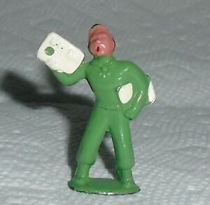 VINTAGE Lead Barclay Little People quot;Newsboyquot; B286 Near Mint Cond Free Shipping