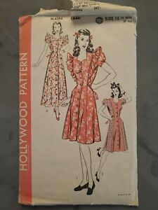 Hollywood Pattern Vintage Sewing Pattern H 6306 1240 Size 18 Housecoat Dress $22.99