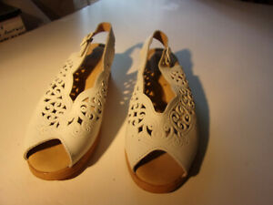 Discount Women#x27;s Spring Step Shoes White Size 7 1 2 New $13 s h
