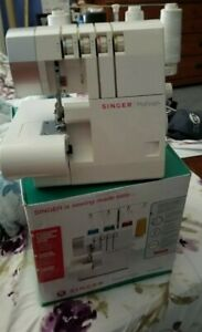 Singer Pro Finish Sewing Machine w foot Pedal $135.00