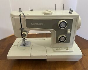 Sears Kenmore Portable Sewing Machine Model 148.19371 FOR PARTS OR REPAIR $25.00