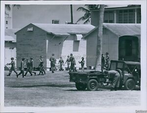 1972 Troops Arrive At Miami Beach Hs For Convention Security Politics Photo 7X9 $12.99