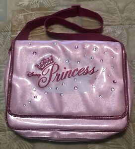 """LARGE WDW USED 13"""" X 10"""" DISNEY PRINCESS PIN TRADING BAG 4 PAGES amp; 1 ZIPPER NET"""