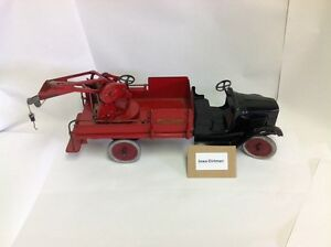 wrecking wrecker tow truck vintage great