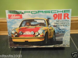 plastic carrera 911r in original box