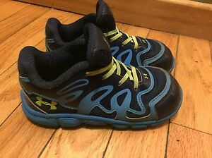 Boys Toddlers Under Armour UA Spine 9K 9 Sneakers Shoes Blue Neon Green