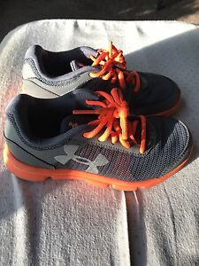 Boys Under Armour Shoes Size 1 Orange And gray