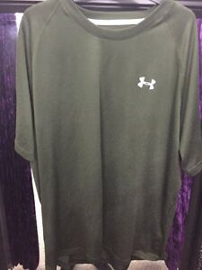 under armour Sports Top T Shirt Mens Army Green Grey Size Loose Fit XL