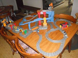 Thomas Train and Friends Quarry PlaysetTrackBuildingTrains and Accessories