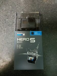 NEW GoPro Hero 5 Black Edition Action Camera with REMO