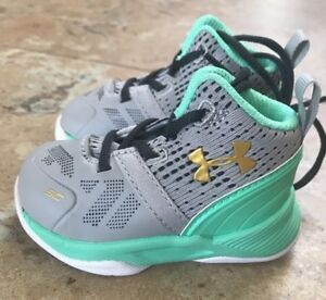 NEW Under Armour Steph Curry Shoes Toddler Boy AluminumAntifreeze - Size 2