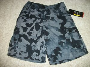 UNDER ARMOUR New NWT Youth Boys Loose Fit Shorts Cargo Camo Camouflage Black
