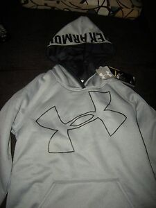 Brand New Girls Gray & Black Under Armour Storm Cold Gear Hoodie Size M