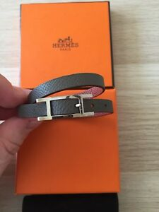 Hermes Thin Leather Strap Hapi Bracelet - GrayBrown unisex