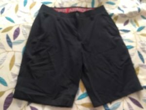 Under Armour Men's Golf Loose Shorts Heat Gear Black Size 34