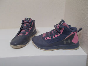 UNDER ARMOUR YOUTH GIRLS  BASKETBALL CASUAL SNEAKERS SHOES PINK PURPLE SIZE 3