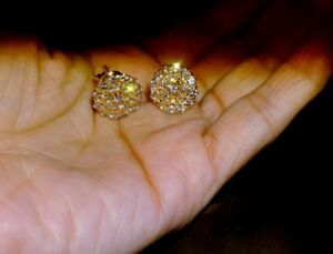 0.80Ct Round-Cut DVVS1 Diamond Cluster Stud Earrings 14k Yellow Gold Finish