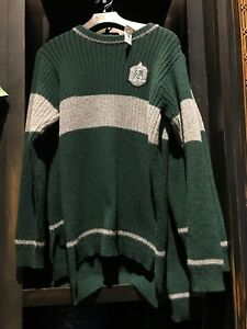 Universal Studios Harry Potter Slytherin Quidditch Lambwool Sweater Large