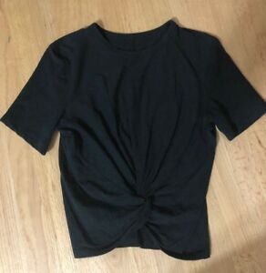 Lululemon Size 6 Crescent Tee Black Rare Slightly Cropped Crop Tee