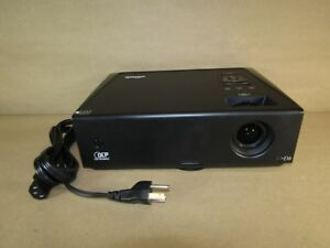 Vivitek Multimedia Projector 2600lumen 2200 1 Dlp Xga Speakers Usb D825EX