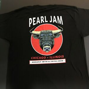Pearl Jam Chicago Wrigley Field 2018 Bull Event TShirt NWT Size L Kris Bryant