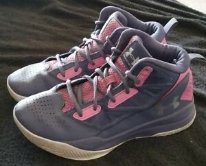Under Armour Girls 1274069-767 (GS) Jet Mid Basketball Shoe SIZE 4.5Y Purple