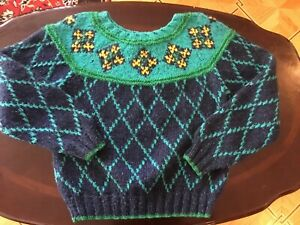 Nordic Norwegian Style Hand knit hand made Woman Sweater 100% wool SIZE M