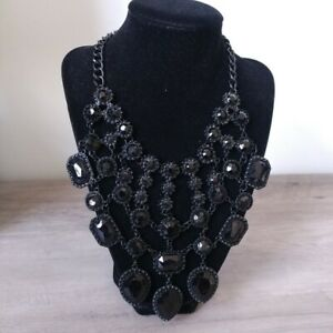 Black stone necklace earring set costume jewelry statement drop bib fringe