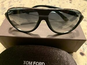 New Tom Ford TF334 Aviator Designer Sunglasses Matte Black With Gray Gradient