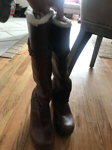 ugg boots size 8 women's Chestnut