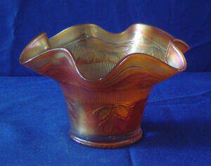 BEAUTIFUL ANTIQUE GLASS VASE WITH COPPERTONE COLOR $29.95