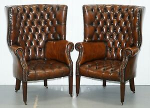 1930'S PAIR OF CHESTERFIELD BARREL BACK PORTERS WINGBACK ARMCHAIRS BROWN LEATHER