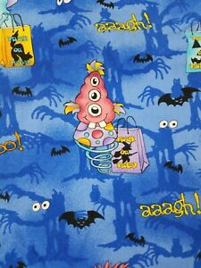 HALLOWEEN spooky bats Trick or Treat blue Scrub Top Size Small