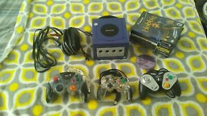 Nintendo GameCube Console with 3 controllers & 7 Games. Nice Bundle!!!
