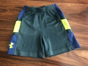 Toddler Boys Under Armour Shorts Green Size 2T with Pockets