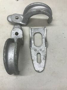 """Lot Of 3 - 4"""" Rigid Conduit Clamp Strap Back Spacer Malleable"""