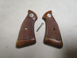 Smith & Wesson J-Frame Square Butt Grips    Nice Used Originals