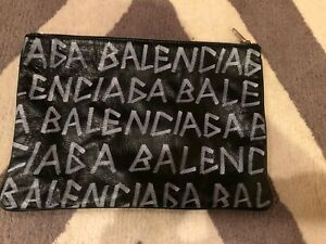 BNWT BALENCIAGA BLACK GRAFITTI LEATHER POUCH - ORIG $750!