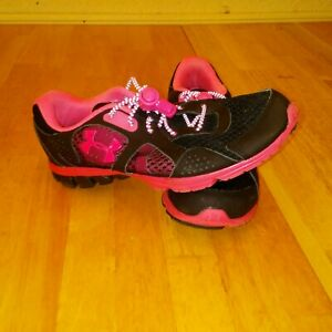 Womens Under Armour Endure Running Shoes Size 8 Black Pink