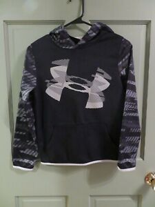 Girls Under Armour Hoodie Youth Med  and Shorts BlackWhiteGray