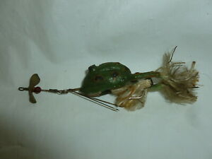 Vintage Cool Ripple Frog Female Fishing Lure  Lot D-367