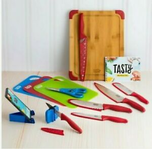 Tasty™ 20 Piece Cutlery Set - Red Cutting Board & Knives New OPEN Box