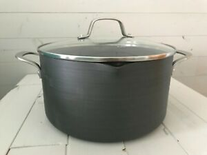 Brand New Calphalon Classic Nonstick Dutch Oven with Cover, 7 quart, Grey