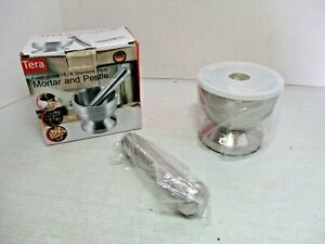 TERA Food grade 18 8 Stainless St eel MORTAR and PESTLE with Plastic Lid in Box $30.00