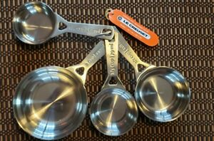 LE CREUSET STAINLESS MEASURING CUP SET