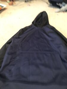 Under Armour Storm Hoodie Sweatshirt Mens Size Small Navy and Black. $6.00