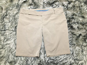 Women's Under Armour Golf Fitted Shorts. Size 14 Khaki Excellent $20.99