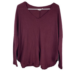 Out From Under Womens Top Size Medium Oversized Burgundy Red Waffle Knit VNeck $17.00